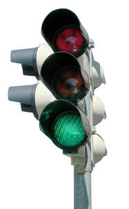 Traffic light shining green